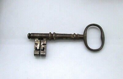 Antique Vintage Key - Unmarked - 8.4 cm / 3.3 inch
