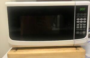 Microwave. Urgent Sale!