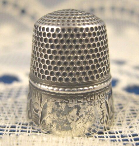 Sterling ~ STERN BROTHERS THIMBLE #3 ~ Silver Size 8