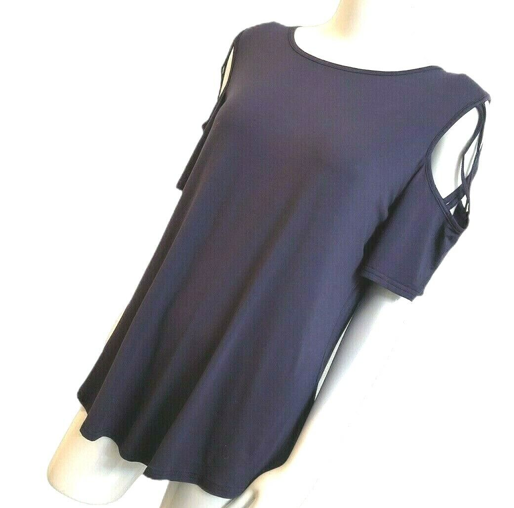 New Adreamly Clothing Co Womens T-Shirt Size XL Open Shoulde