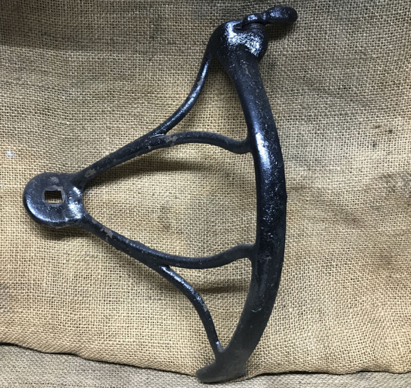 ANTIQUE 1880s Singer Treadle Sewing Machine Cast Iron Belt Guard And Shifter