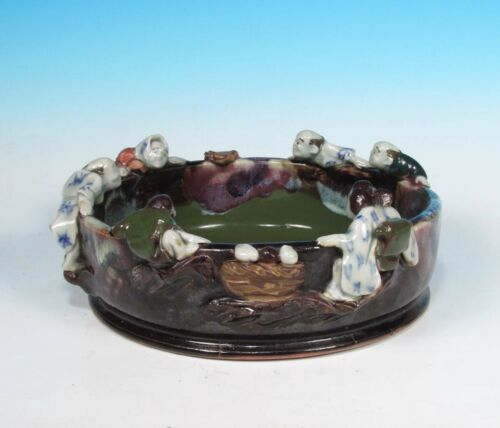 Sumida Gawa Vintage Japanese Art Pottery Bowl (6) Figures on Rim Artist Signed