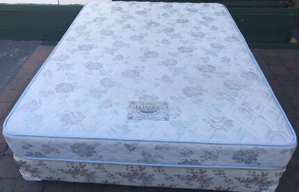 Excellent Sealy Brand queen bed + mattress for sale. Delivery