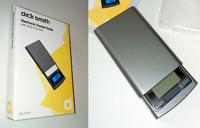 Dick Smith ELECTRONIC POCKET SCALE Slide Cover DIGITAL WEIGHING Max 200g 7oz LCD