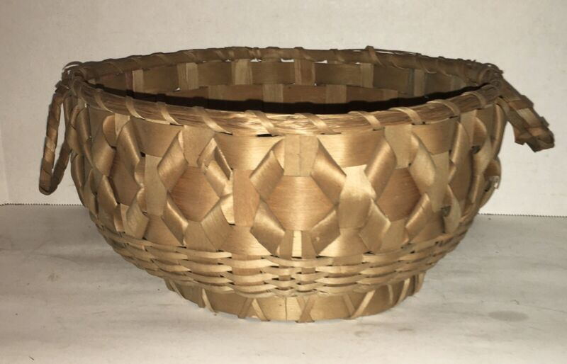 Antique Native American Indian Curly-Que Basket