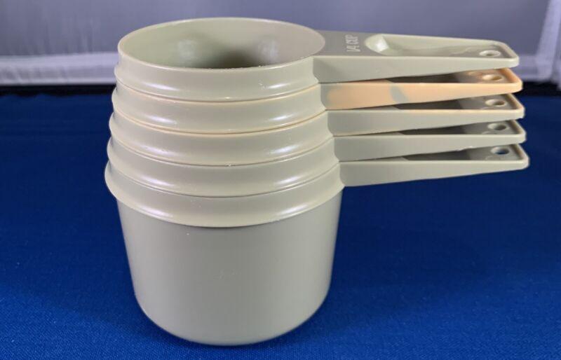 Vintage Tupperware Avocado Green Nesting Measuring Cup Set 5-762,763,764,765,766