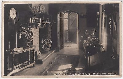 NOTTINGHAMSHIRE - Sutton On Trent - Old England Hotel - c1920s era Real Photo