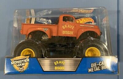 Hot Wheels Monster Jam Grave Digger RED 1:24 Scale Diecast Truck