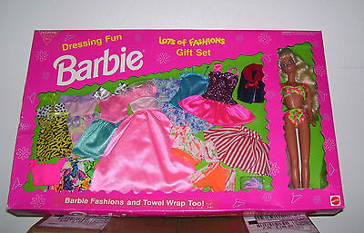 MATTEL DRESSING FUN BARBIE LOTS OF FASHIONS GIFT SET NIB #9518 1993 ARCO RETIRED