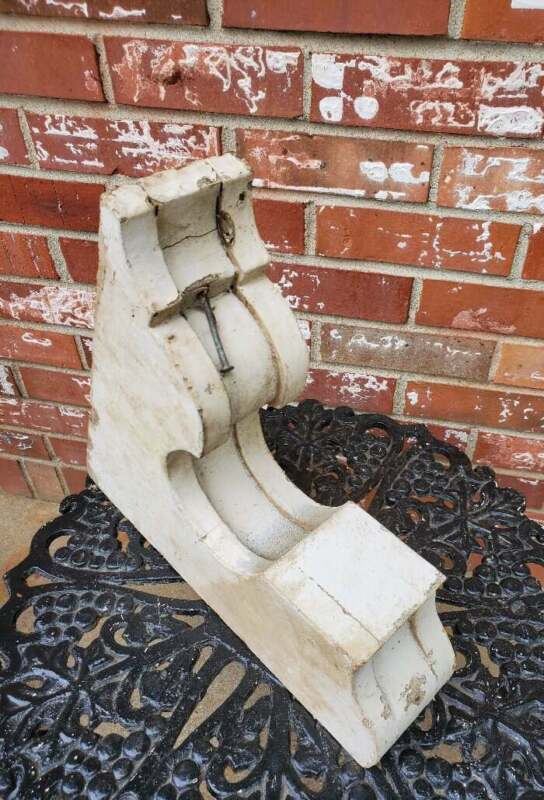 Primitive Wood Corbel Archetectural Salvage White Chippy Paint