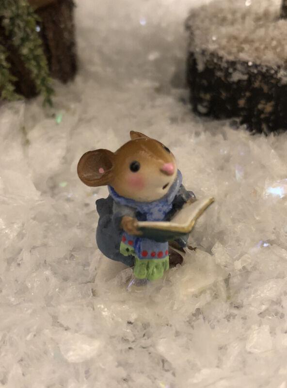 Tiny Caroler Wee Forest Folk Mouse