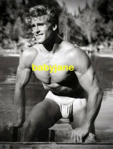 045 ED FURY PHYSIQUE MODEL / ACTOR SEMI NUDE IN POSING STRAP PHOTO
