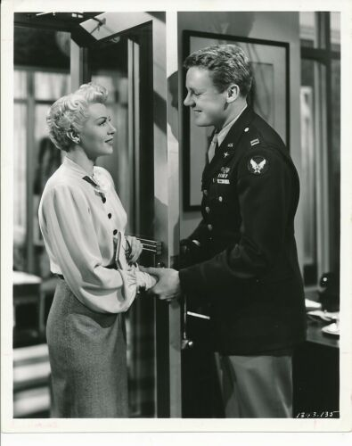 LANA TURNER VAN JOHNSON Original Vintage 1945 WEEKEND AT WALDORF MGM Photo
