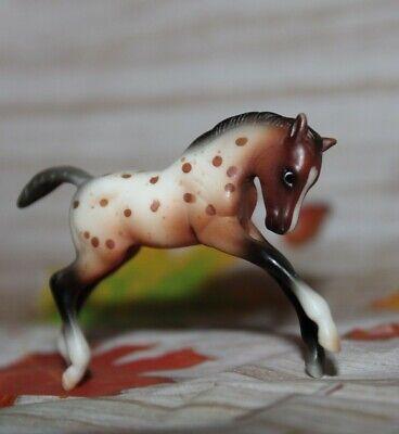 #5602 Breyer Stablemate Horse, Scrambling Foal. Red Appaloosa