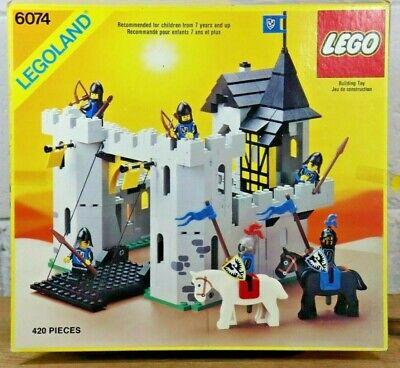 Rare Vintage 1986 Lego Set #6074 Legoland Castle Black Falcon's Fortress CIB G9