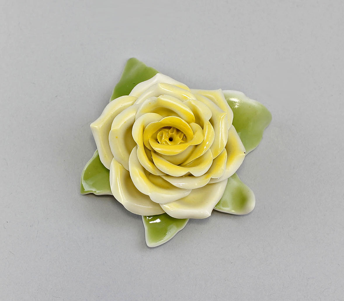 handmade  Table Rose Yellow Kämmer-Porcelain H4CM a3-44131