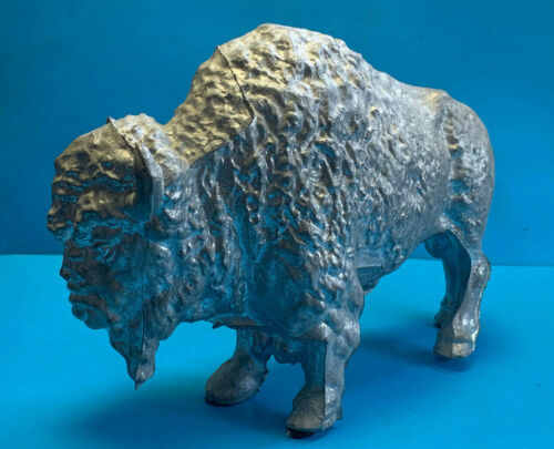Vtg Collectible Aluminum Cast Metal Buffallo/ American Bison Statue Figurine