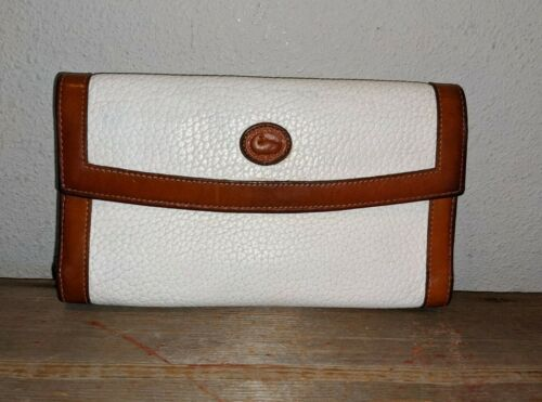 Vintage Dooney & Bourke White Brown Tan Pebbled Leather Wallet Coin Purse