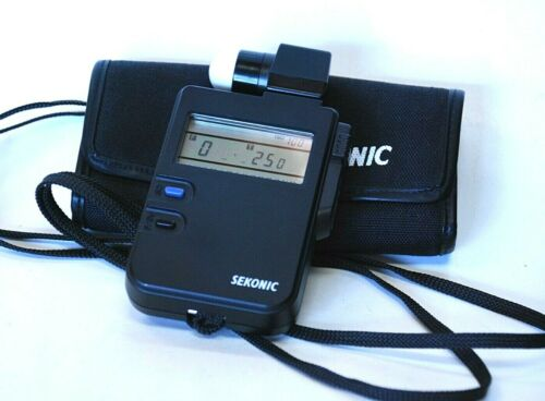 Sekonic Digi Lite L-318B Digital Light Meter w/ case, extra filters Tested