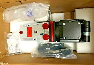 New Pfeiffer Vacuum Duo 11 Rotary Vane Pump Single Phase Pkd59712