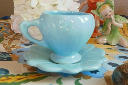 Vintage CaMark Pottery Dematisse Teacup & Saucer Robin