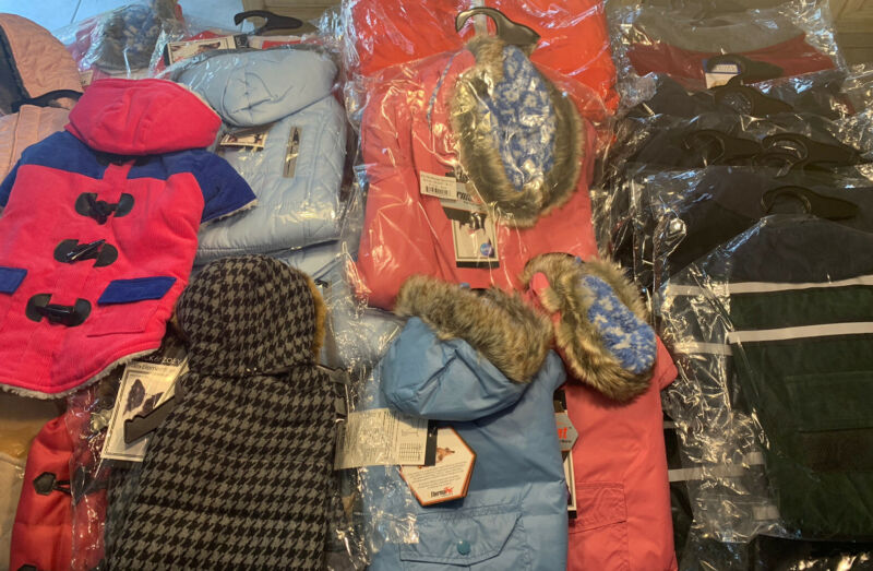50 pieces Wholesale lot Dog coats and jackets  Zack and Zoey and other brands