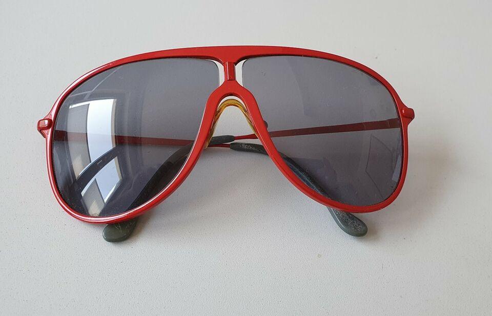 Damen Sonnenbrille BMW Z1 rot in Bielefeld - Brackwede
