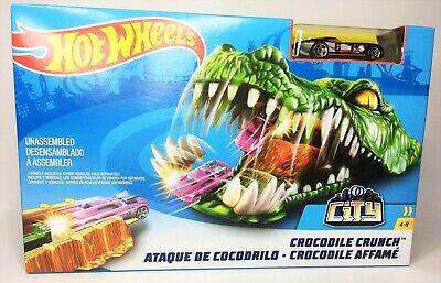 Mattel Hot Wheels Crocodile Crunch Action Track Builder Playset - NEW!