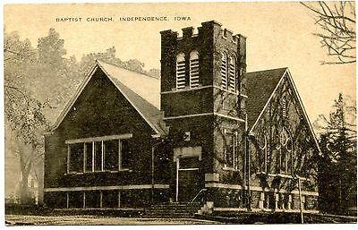 B5975 Baptist Church  Independence Ia Old Black   White Postcard Publ  Artvue