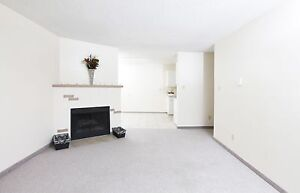 2 Bedroom Apt With Balcony Avail Now/Call (306)314-0155