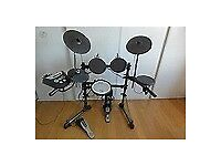 Roland TD 6V Electronic Drums in very good condition