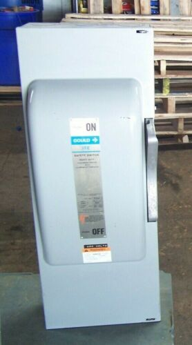 GOULD ITE 200 AMP VACU BREAK SAFETY SWITCH FUSIBLE 600 VAC 125 HP 3Ø F354