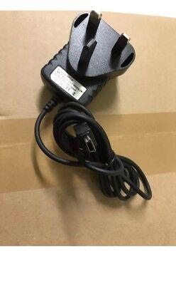 NEW MAINS CHARGER FOR MOTOROLA V230 V360 V3i V3x W231 W375 W377 Z6w Mobile Phone