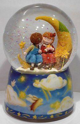 NEU Spieluhr Schneekugel Glitzerkugel Mond + Kinder Melodie Mondschein Serenade
