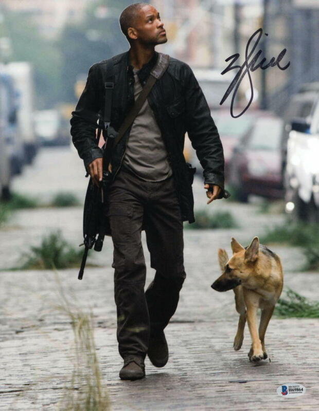 WILL SMITH SIGNED 11X14 PHOTO I AM LEGEND AUTHENTIC AUTOGRAPH BECKETT COA