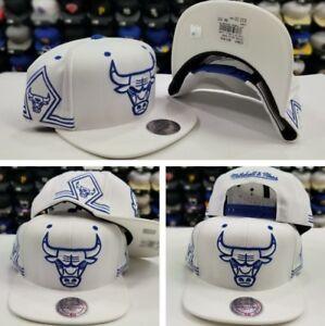 Mitchell & Ness NBA Chicago Bulls WHITE / ROYAL Blue snapback Adjustable Hat Cap