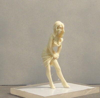 G  Or 1/24-1/25 scale  #1004  Figure UNPAINTED Resin- NO MINNESOTA SALES
