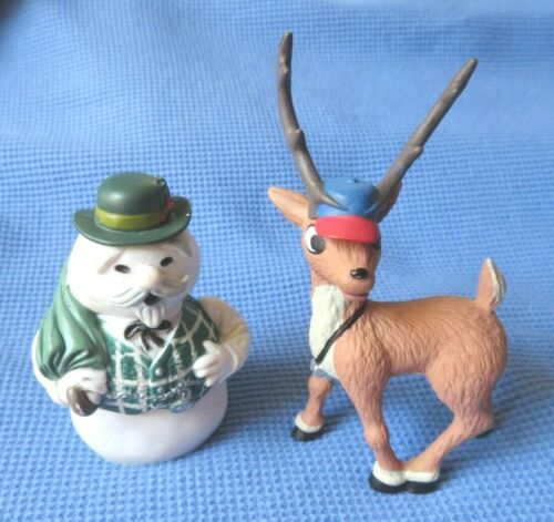 2002 THE LAND OF MISFITS TOYS SNOWMAN & COMET REINDEER figure LOT PLAYING MANTIS