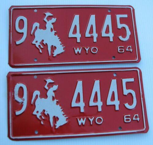 "1964 WYOMING PASSENGER PAIR LICENSE PLATE PLATES "" 9  4445 "" BRONCO ALL ORIGINAL"