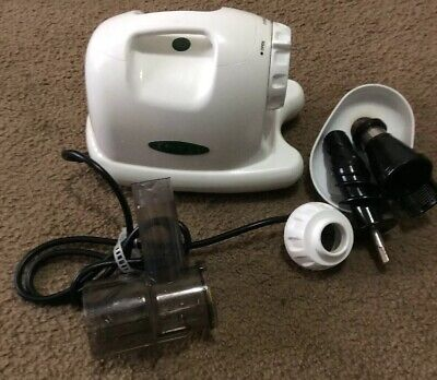Omega Juicer 8004 White Finish Good Condition Missing Parts -