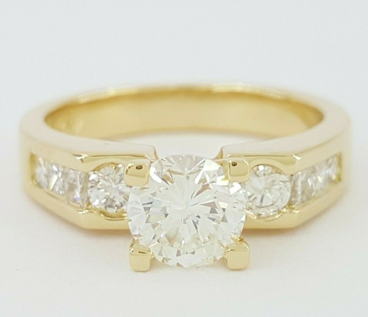 1.28 ct 18K Yellow Gold Round Brilliant Cut Diamond Engagement Ring GIA I / SI2