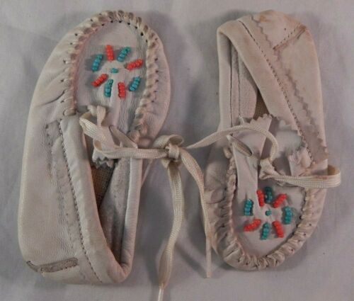 Indian Artifacts Handcrafted Children Moccasins Leather