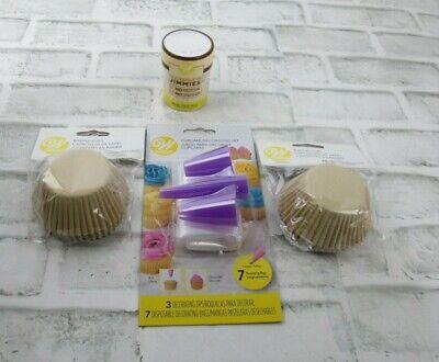 Wilton Cupcake Cake Decorating Set Kit  3 Jumbo Tips Bags Baking Cups Jimmies Jumbo Tip Bag