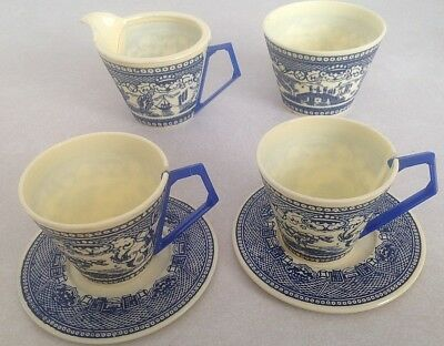Vintage plastic blue willow child's tea set