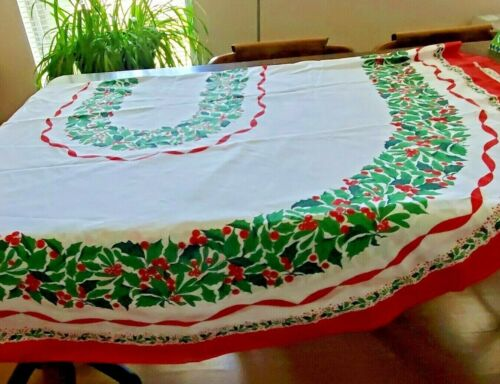 """Vintage Sunweave Linen Corp Tablecloth Christmas Holly Print Oval 61"""" x 82"""" Flaw"""