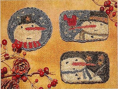 """Punchneedle Pattern--Brenda Gervais (With Thy Needle) """"Winter Fun"""" Snowman Pins"""