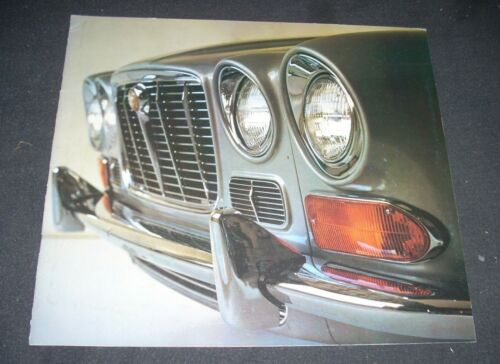 JAGUAR XJ6 Brochure 1971 Original VG+ condition small writing on back