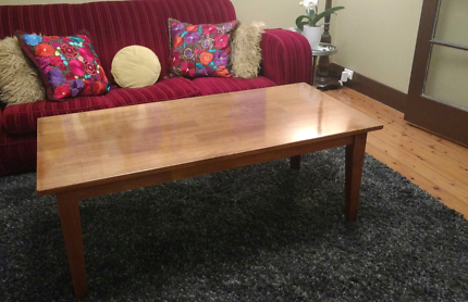 Timber Coffee Table Excellent Condition