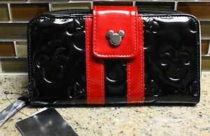 NWT Walt Disney World Parks MICKEY & MINNIE Embossed Wallet by Loungefly- Black