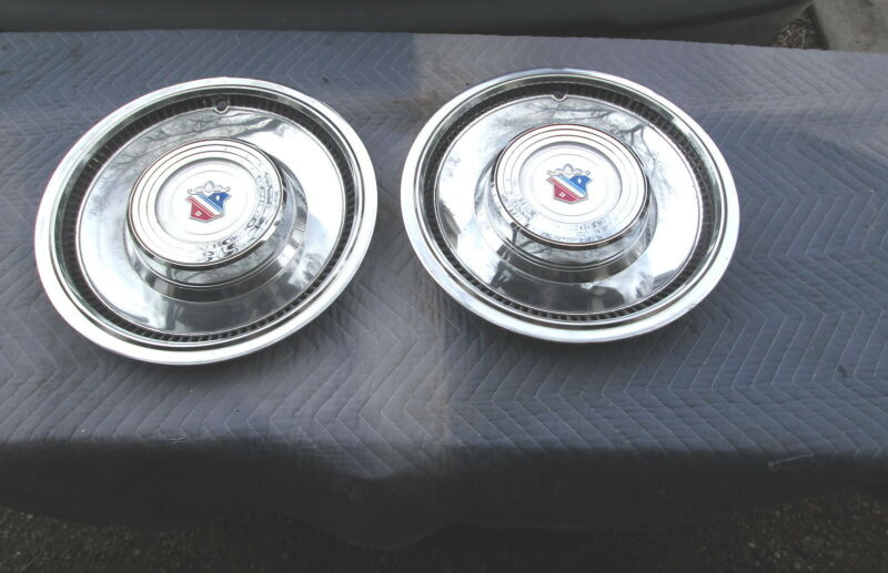 """Vintage 1978 Buick Electra / Buick Limited Wheel Cover Hubcap  Hub Cap 15"""" Set/2"""